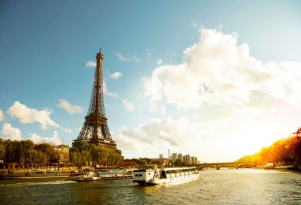 surrounding_tour_eiffel